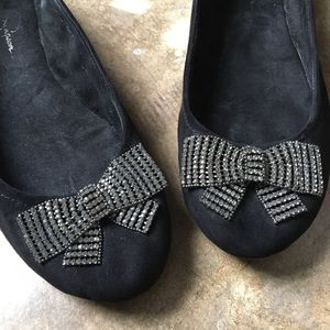 Sweet ballet flat with rhinestone bow 9.5